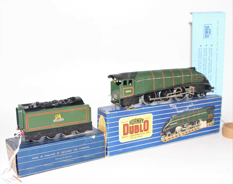 Hornby Dublo EDL11 Silver King, 3-rail loco and tender, matt, very dusty (VG-BG), tender has no - Image 2 of 3