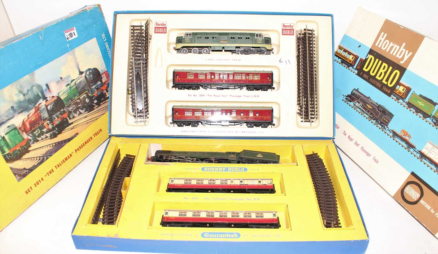 A Hornby Dublo mixed train group housed in incorrect original Hornby Dublo boxes, contents to - Image 2 of 4