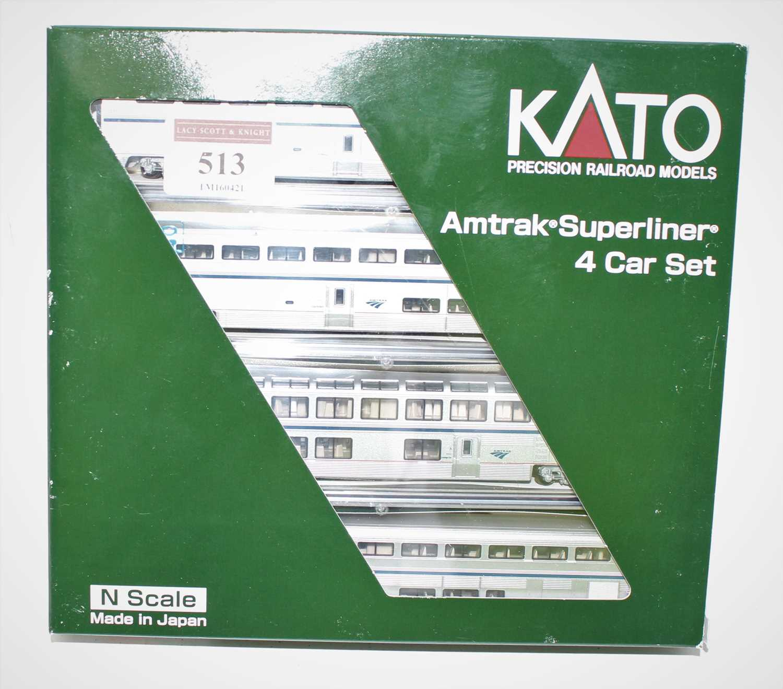 A Kato N gauge No. 106-3516 model of an Amtrak Superliner Phase IVB4 car set, appears as issued