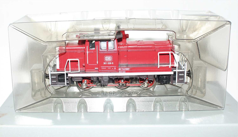 A Marklin digital H0 No. 3631 BR 361 diesel locomotive housed in the original card box (VG,BG) - Image 2 of 2