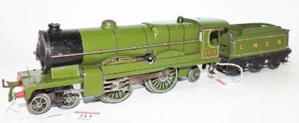 Hornby 1936/41 No.3C Flying Scotsman Clockwork Locomotive and tender, shadowed 4472 on cab, black