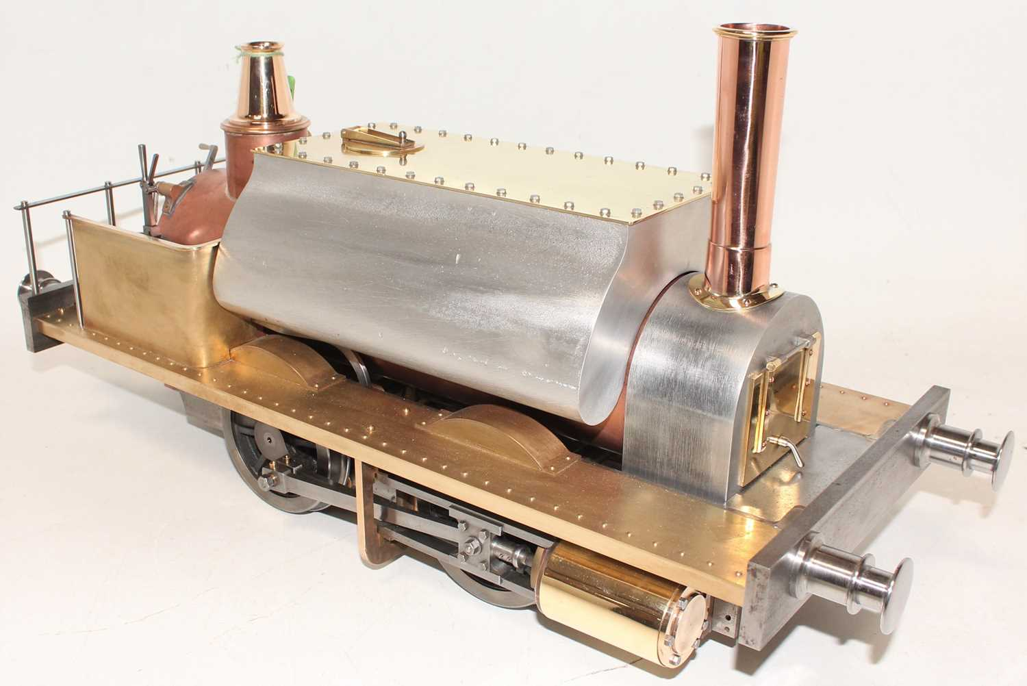 A very well engineered Reeves Castings 5 inch gauge model of a Gemma 0-4-0 Tank Locomotive, built to - Image 2 of 5
