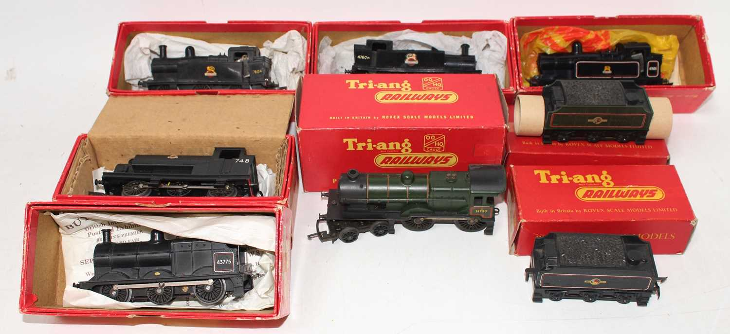 Tray containing six 0-6-0 & 4-4-0 Triang locos & diesel shunters: R52 3F; another with rear of