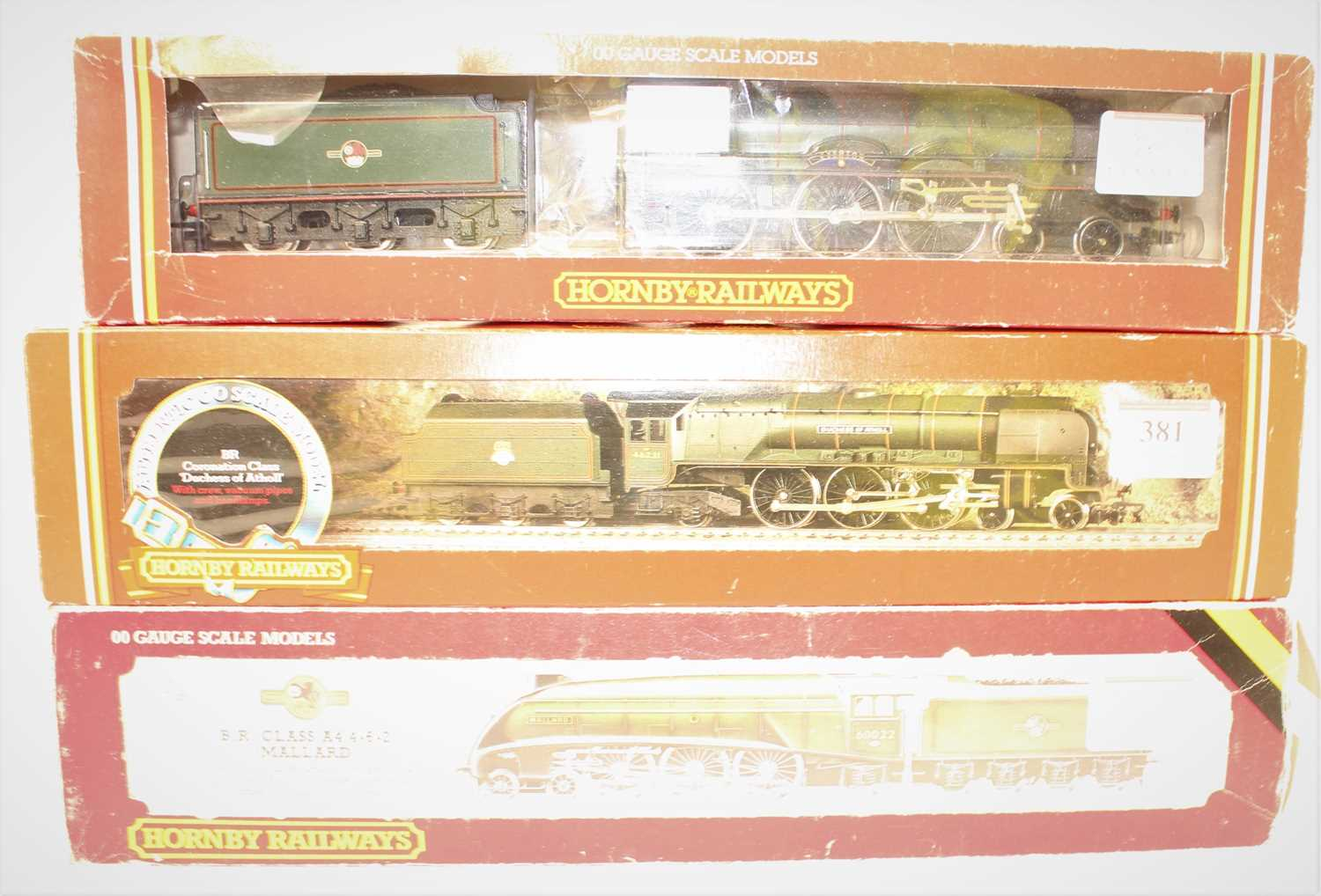 3 Hornby Locomotives and tenders to include R262 Duchess of Atholl, BR Green with alternative name