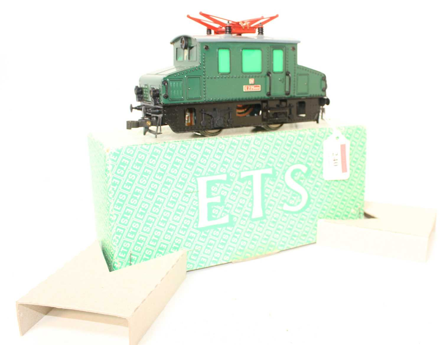 ETS 0-4-0 Electric Centre Car Loco E225001 Green Body, black chassis, grey roof, red pantographs ( - Image 2 of 2