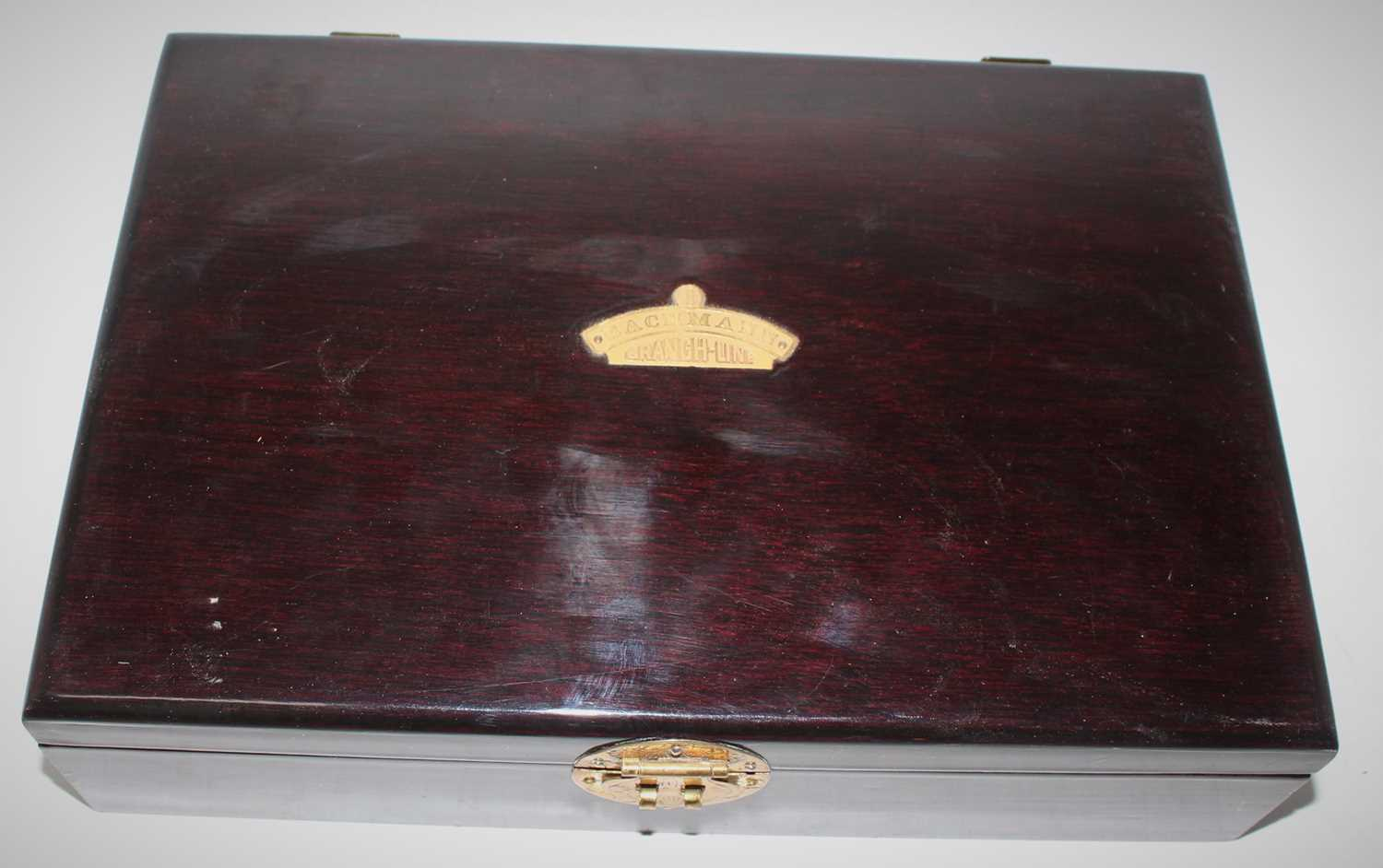 A Bachmann wooden presentation box with certificate containing a LNER Garter Blue Dominion of Canada - Image 2 of 2