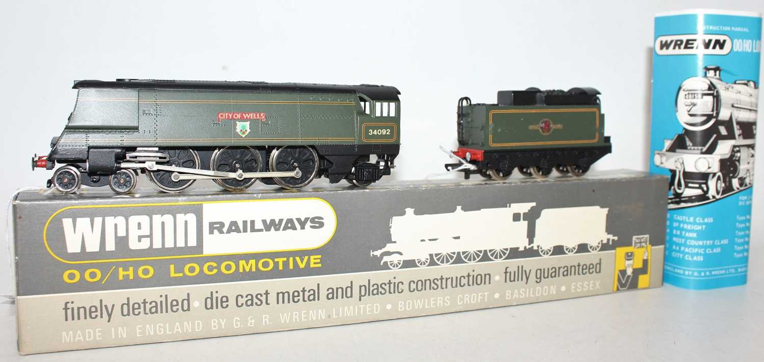 W2266AX Wrenn SR Streamlined Bullied 4-6-2 loco & tender 'City of Wells' BR lined green 34092