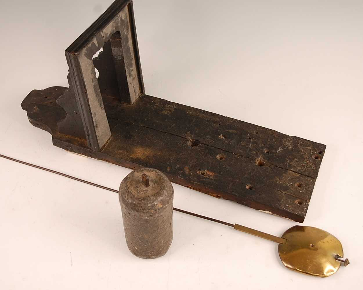 A Victorian brass lantern clock, having a fret-cut gallery over brass Roman chapter ring, single - Image 6 of 6