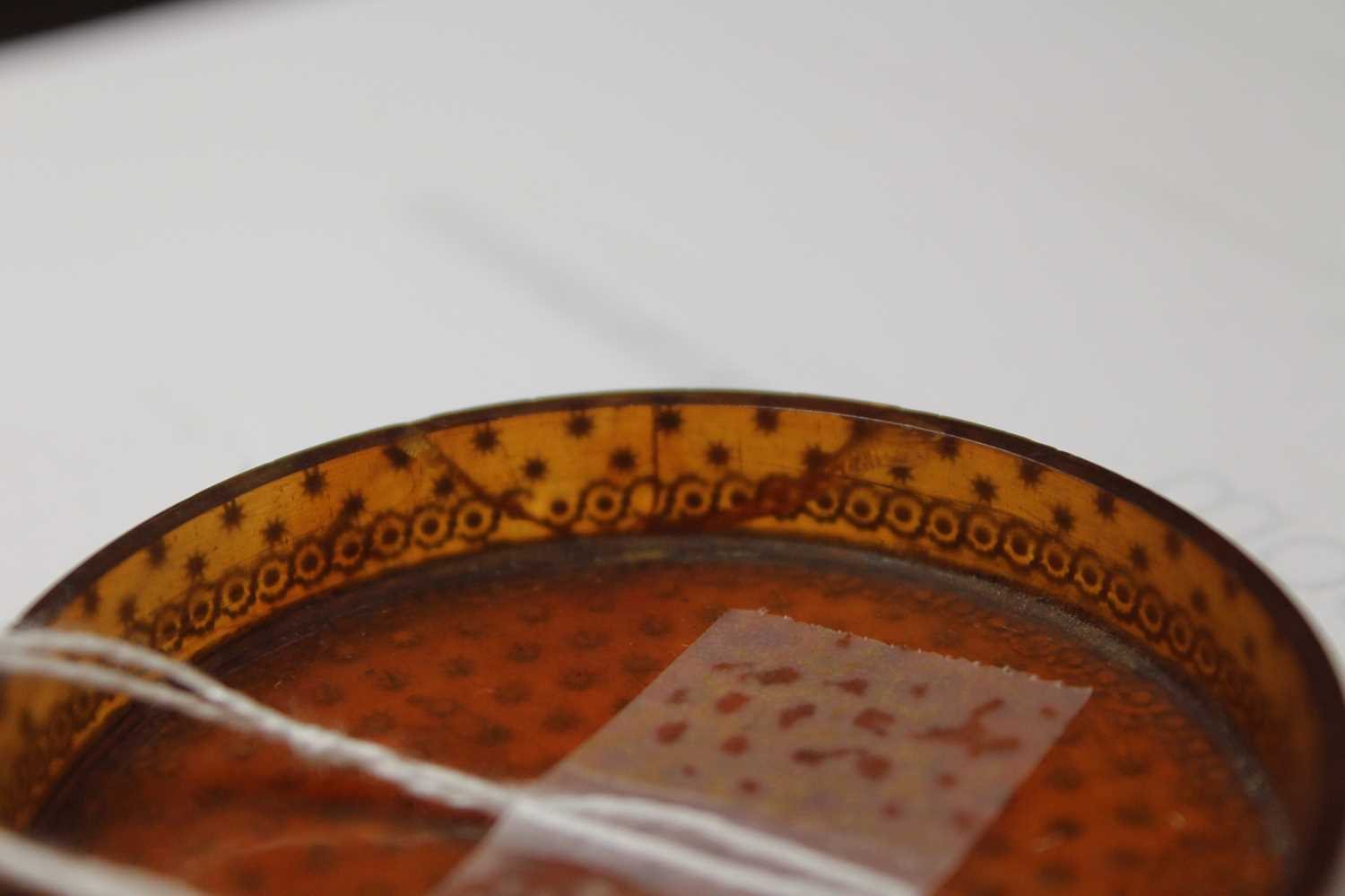 A George III tortoiseshell cylindrical dressing table box, with gold piqué stars and raised - Image 5 of 6