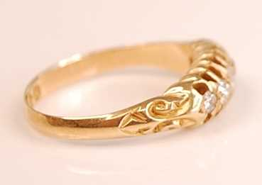 An 18ct yellow gold diamond five-stone half hoop eternity ring, comprising five graduated Old - Image 2 of 3