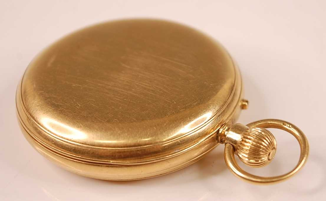 A late Victorian 18ct gold cased gent's full hunter pocket watch, having plain case, signed white - Image 4 of 5