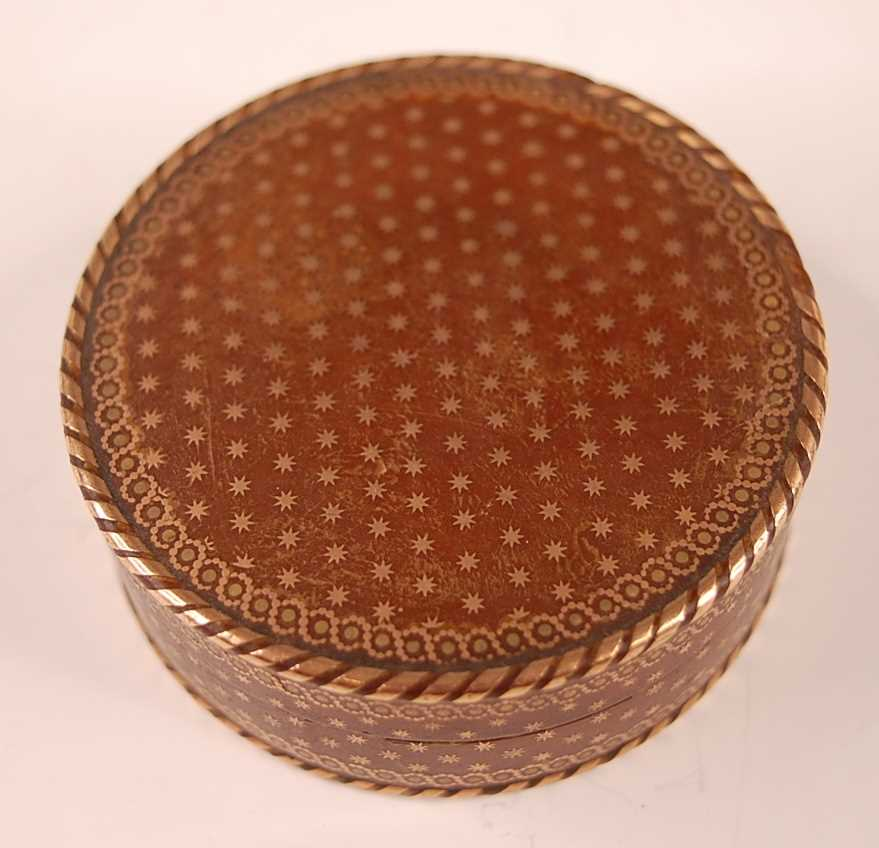 A George III tortoiseshell cylindrical dressing table box, with gold piqué stars and raised - Image 3 of 6