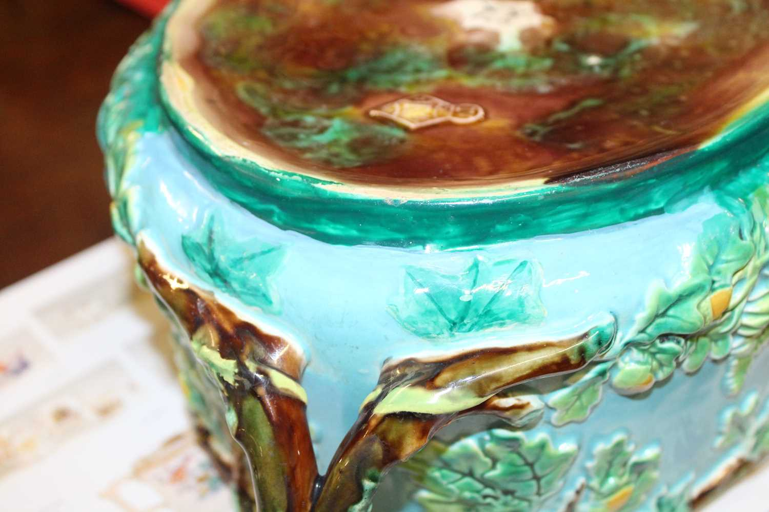 A Victorian George Jones majolica two-handled oval game pie tureen and cover, the cover decorated - Image 10 of 11