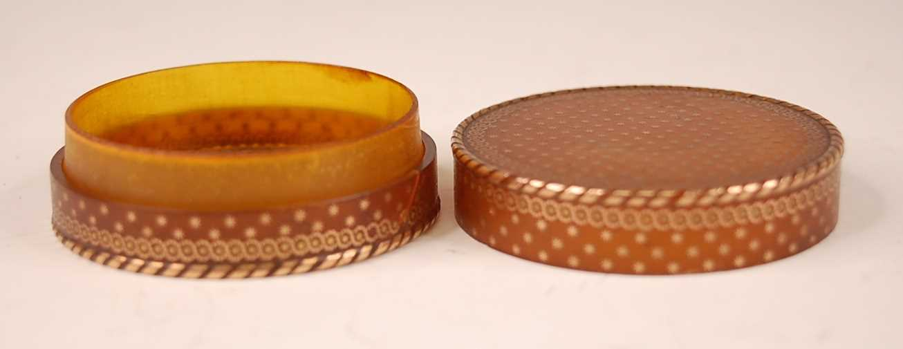 A George III tortoiseshell cylindrical dressing table box, with gold piqué stars and raised - Image 4 of 6
