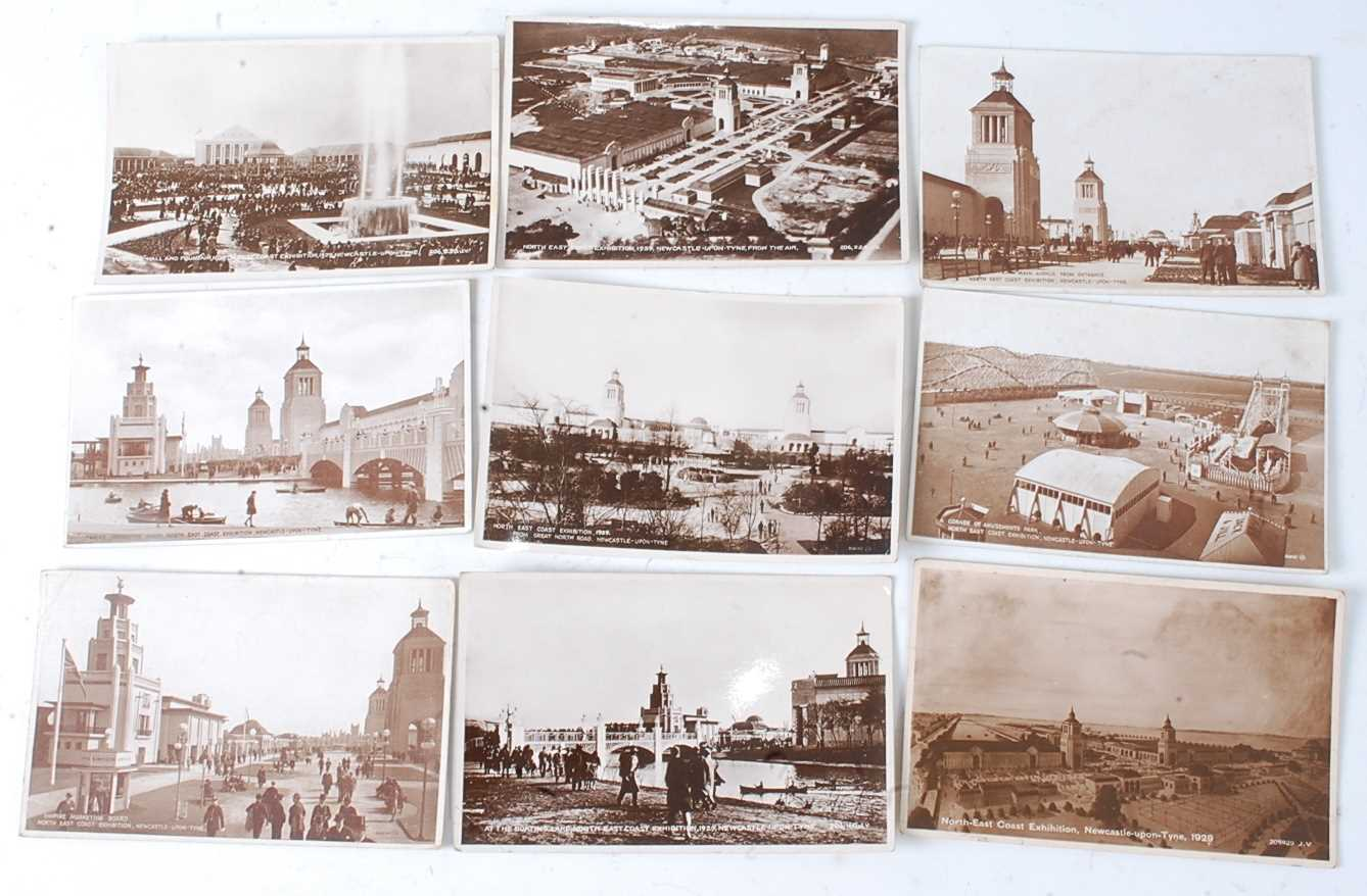 A large collection of 1951 Festival of Britain postcards, seemingly arranged by places or publishers - Image 8 of 9