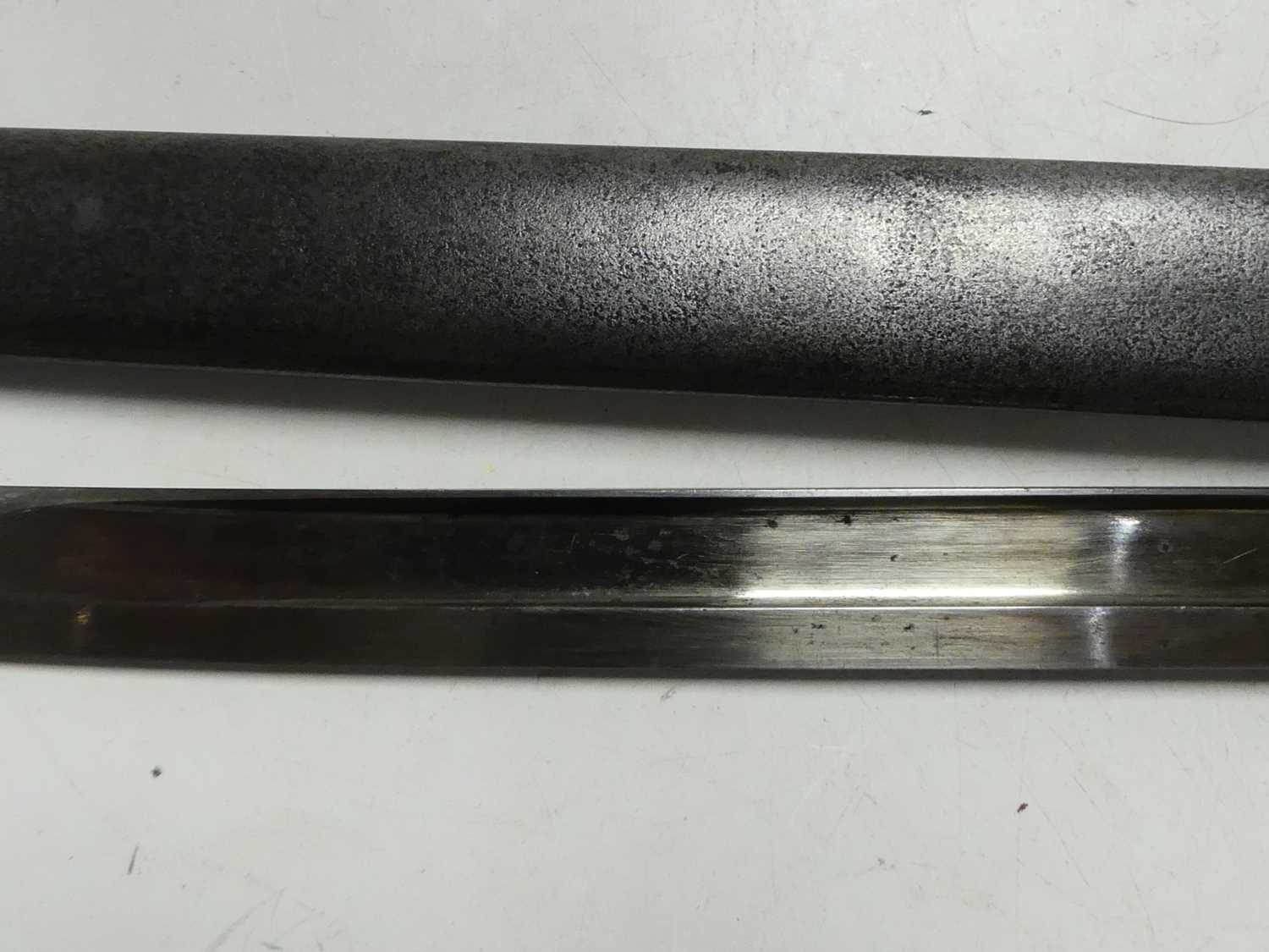 A French model 1866 Chassepot bayonet, the 57cm Yataghan shaped blade etched to the back edge Mre d' - Image 8 of 12