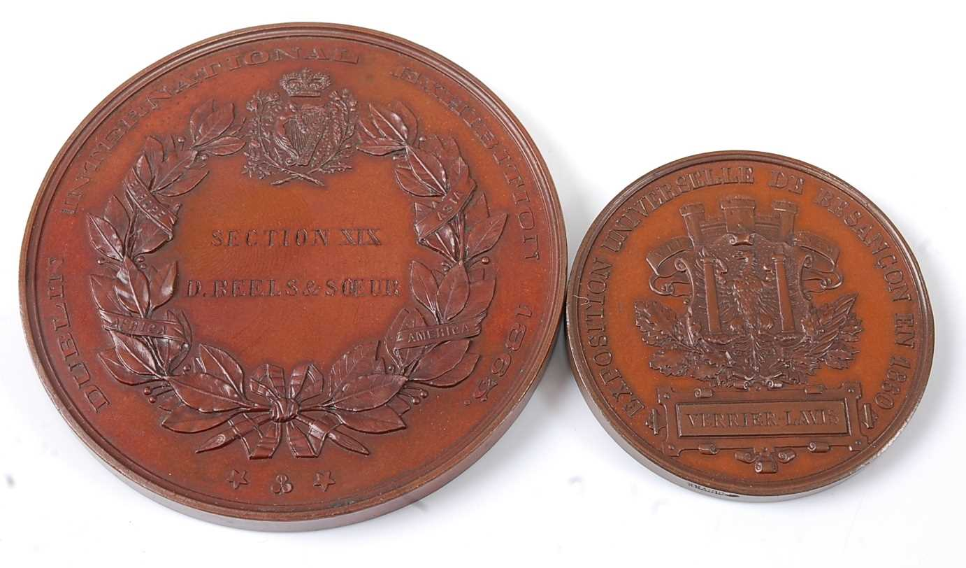 Ireland, Dublin International Exhibition 1865 Arts and Manufactures medal by Alexandre Geefs (1829- - Image 2 of 2
