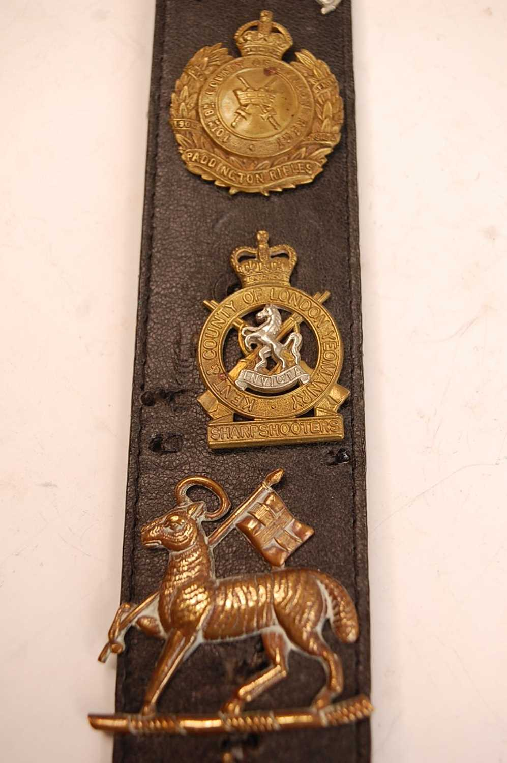 A collection of British Army Regiments cap badges and insignia to include East Surrey, Cornwall, 1st - Image 3 of 8