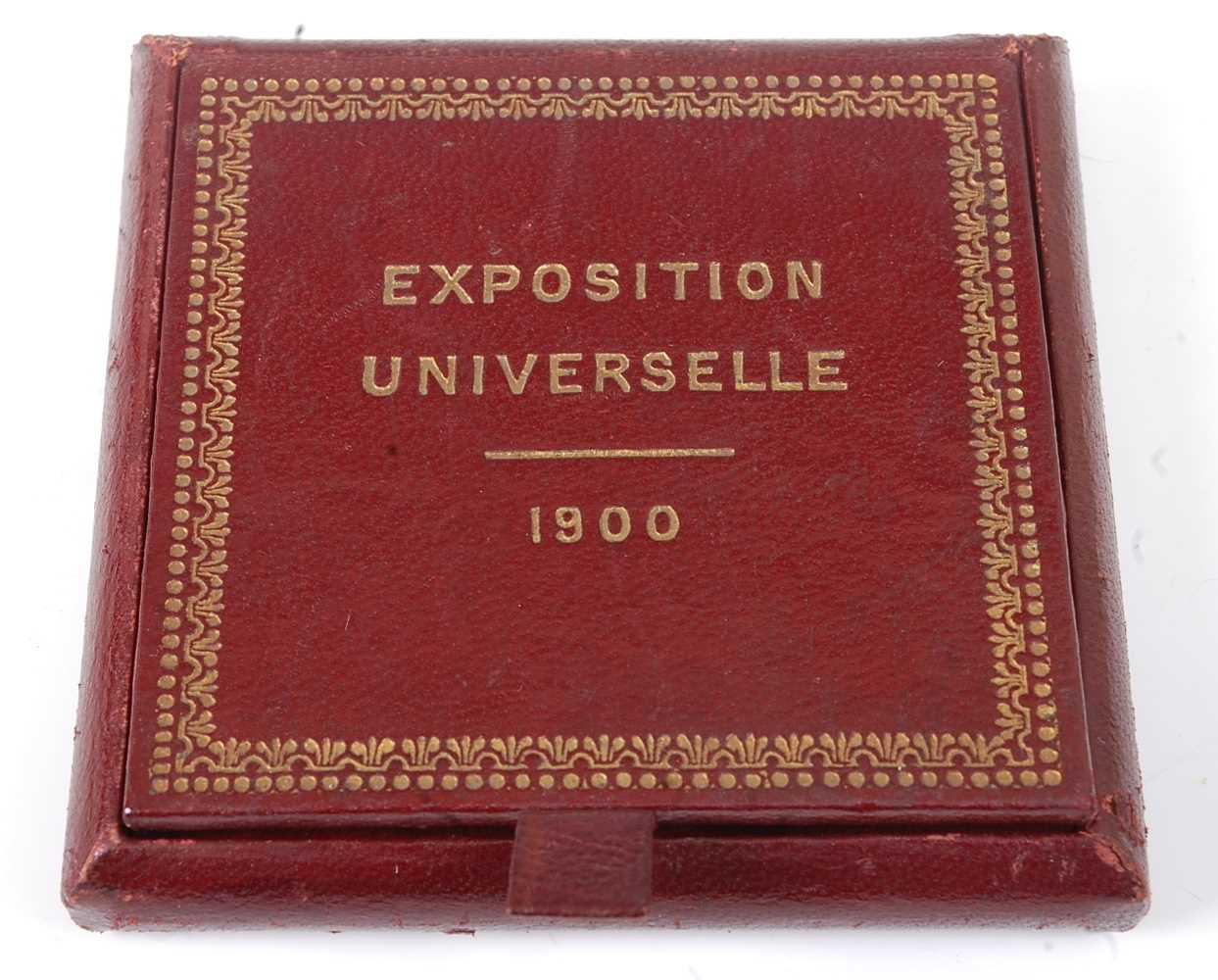 France, Paris 1900 Exposition Universelle Internationale bronze medal, designed by Chaplain, obv; - Image 5 of 5