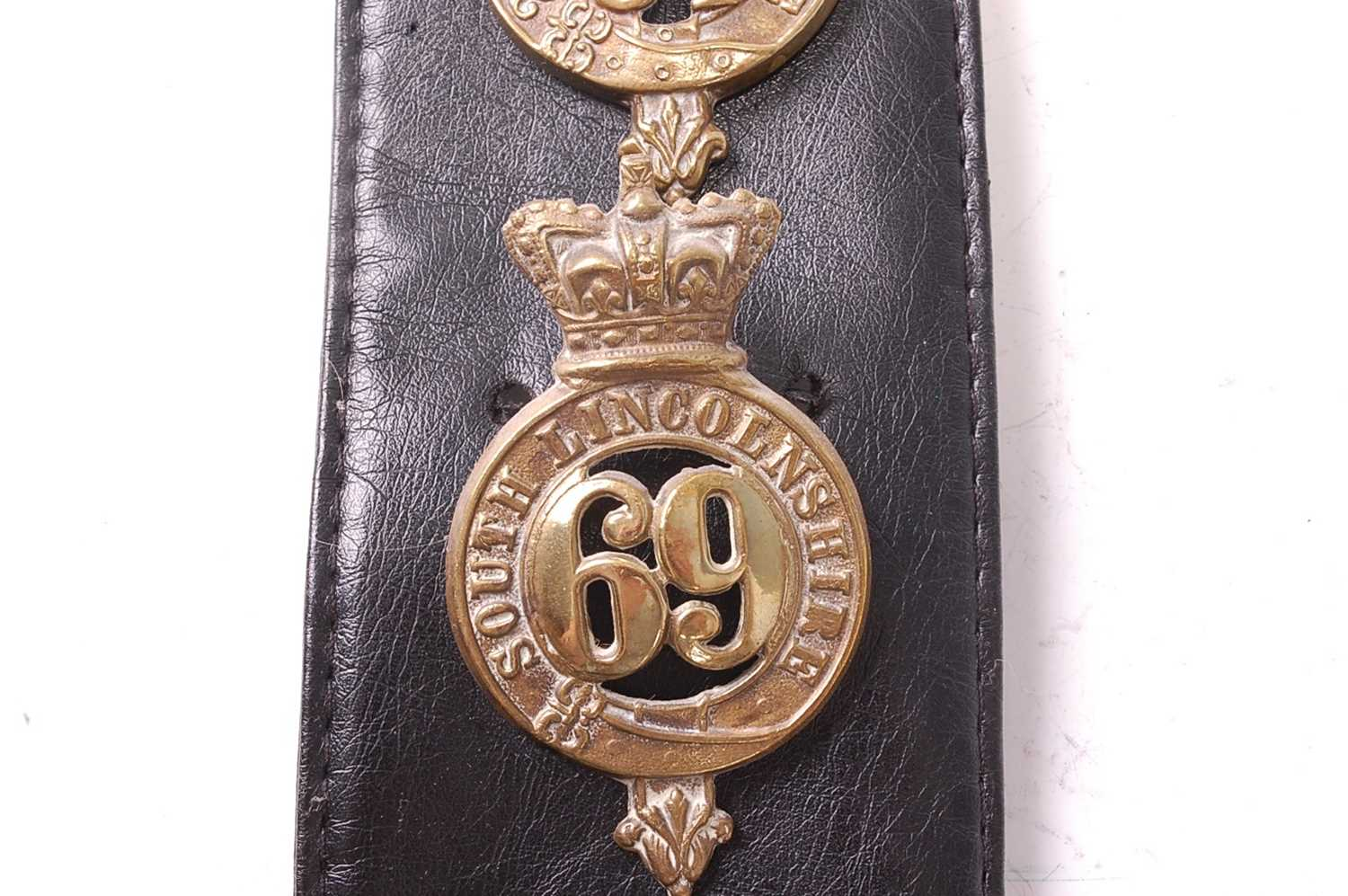 A collection of various British Regiment of Foot Glengarry badges to include 106th Bombay Light - Image 11 of 18