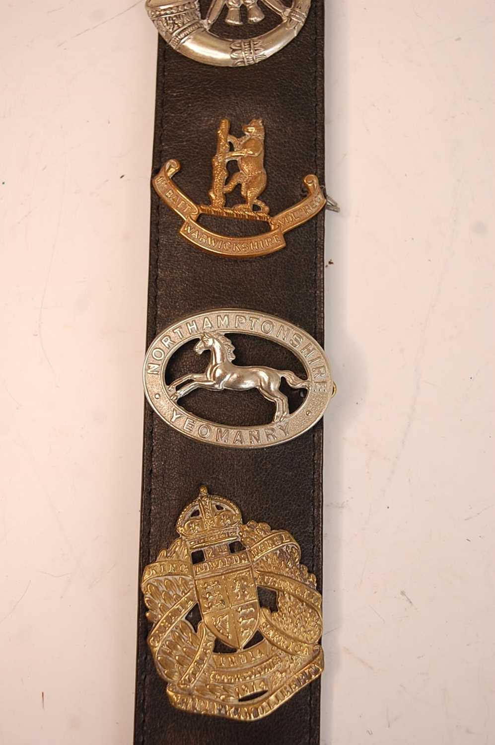 A collection of British Army Regiments cap badges and insignia to include East Surrey, Cornwall, 1st - Image 7 of 8