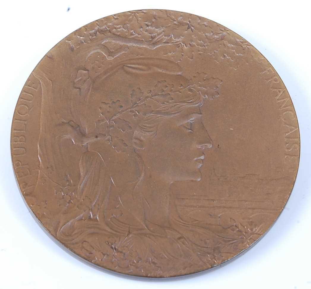 France, Paris 1900 Exposition Universelle Internationale bronze medal, designed by Chaplain, obv;