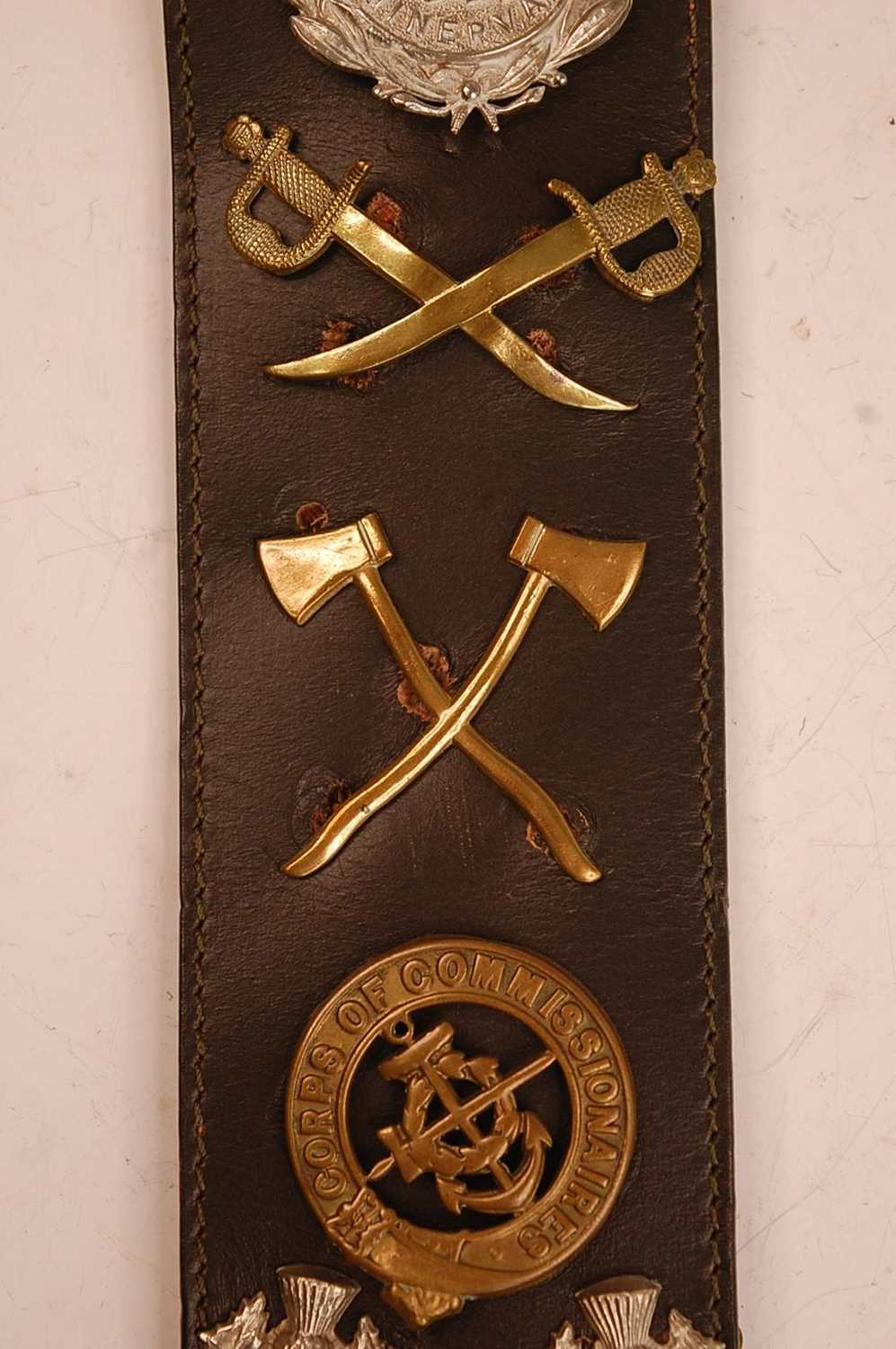 A collection of cap badges, glengarry badges and insignia to include Cornwall, Corps of - Image 5 of 7