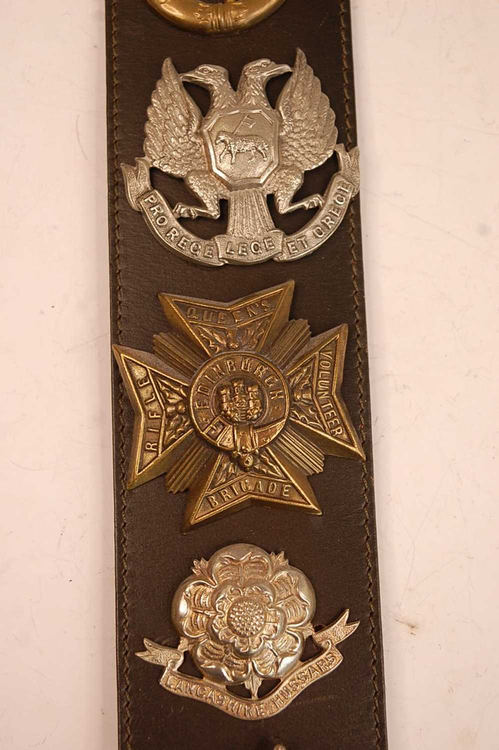 A collection of cap badges, glengarry badges and insignia to include Cornwall, Corps of - Image 3 of 7