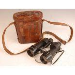 A pair of WW II private purchase binoculars, Ross of London Bino Prism No. 5 Mk IV, in brown