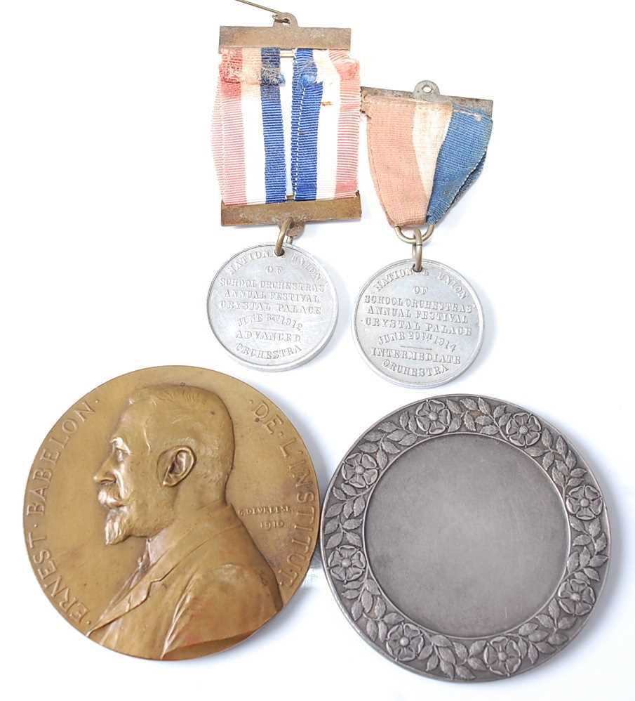 Belgium, Brussels Exposition Universelle 1910 medal, by Godefroid Devreese (1861-1941), obv; - Image 2 of 2