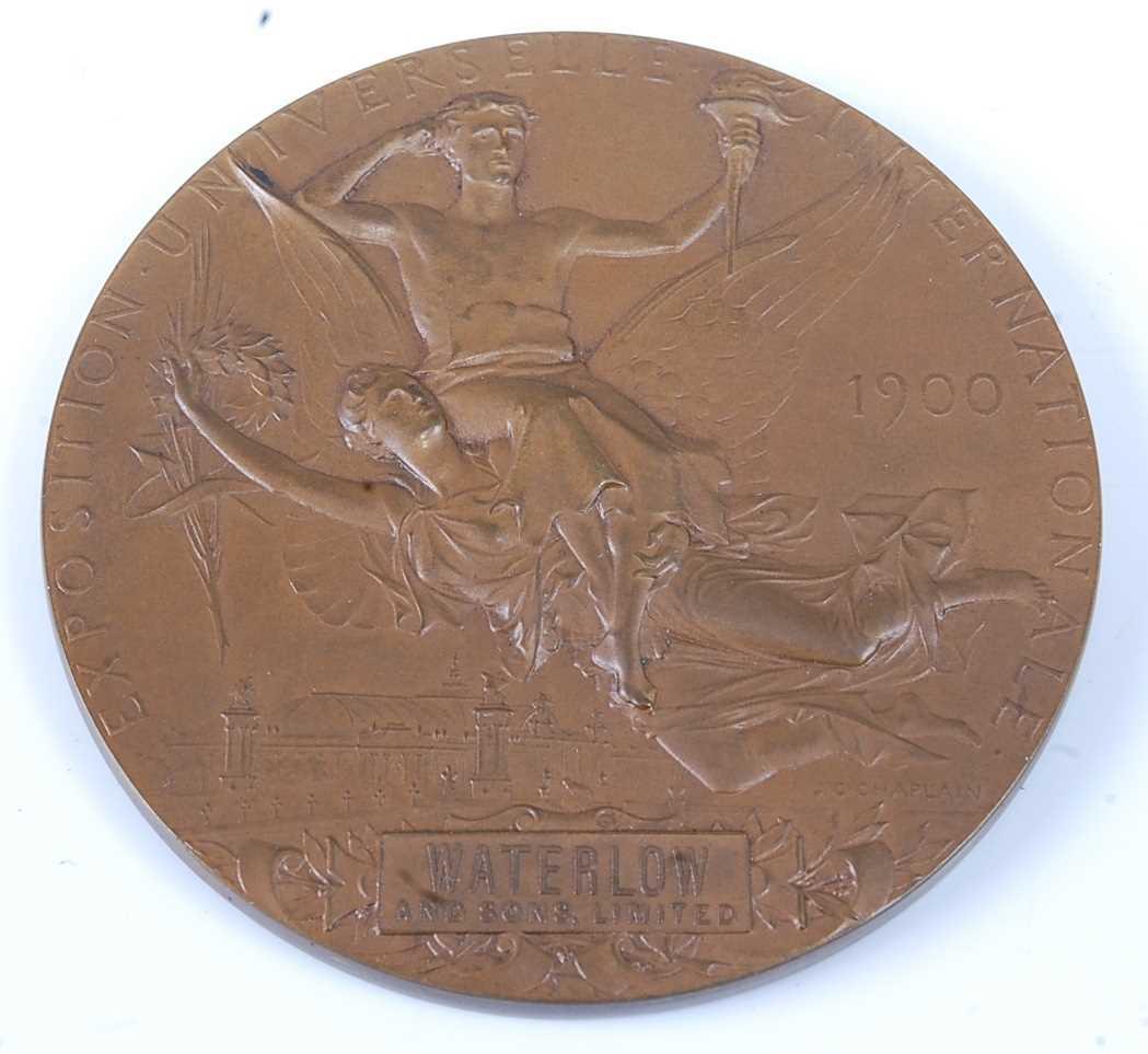 France, Paris 1900 Exposition Universelle Internationale bronze medal, designed by Chaplain, obv; - Image 2 of 5