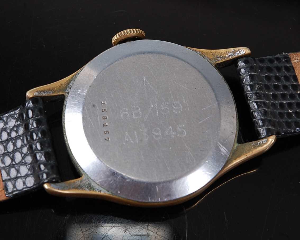 A Gentleman's Jaeger LeCoultre Military Issue Pilot/Navigators wristwatch, circa 1943, having a - Image 7 of 7