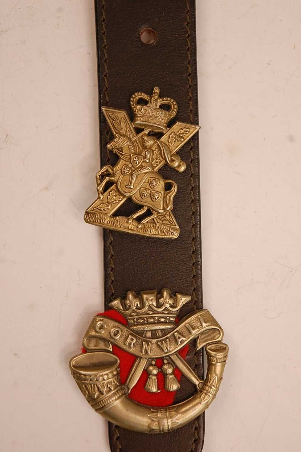 A collection of cap badges, glengarry badges and insignia to include Cornwall, Corps of - Image 7 of 7