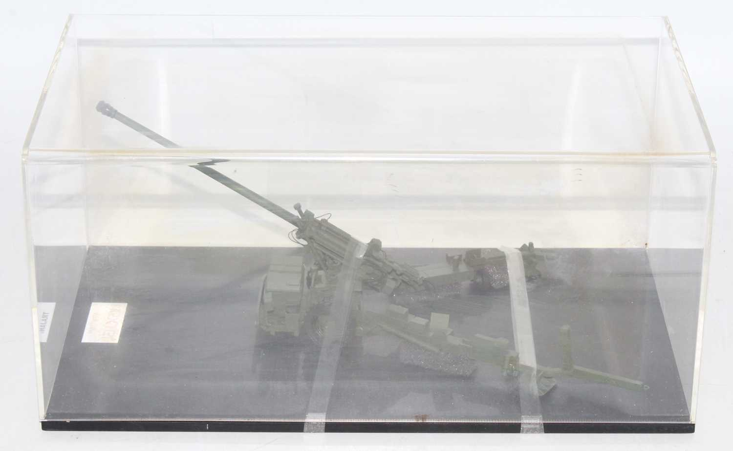 A Nexter model No. 48579V 1/48 scale resin factory hand built model of a Trajan field gun, housed in - Image 2 of 2