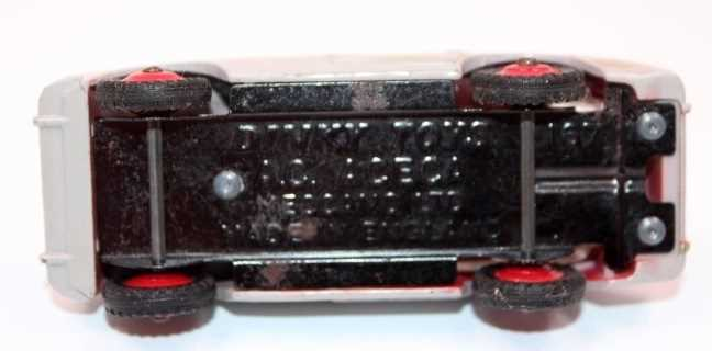 Dinky Toys No.167 Aceca Coupe in grey and red body with red hubs in the original correct colour spot - Image 3 of 3