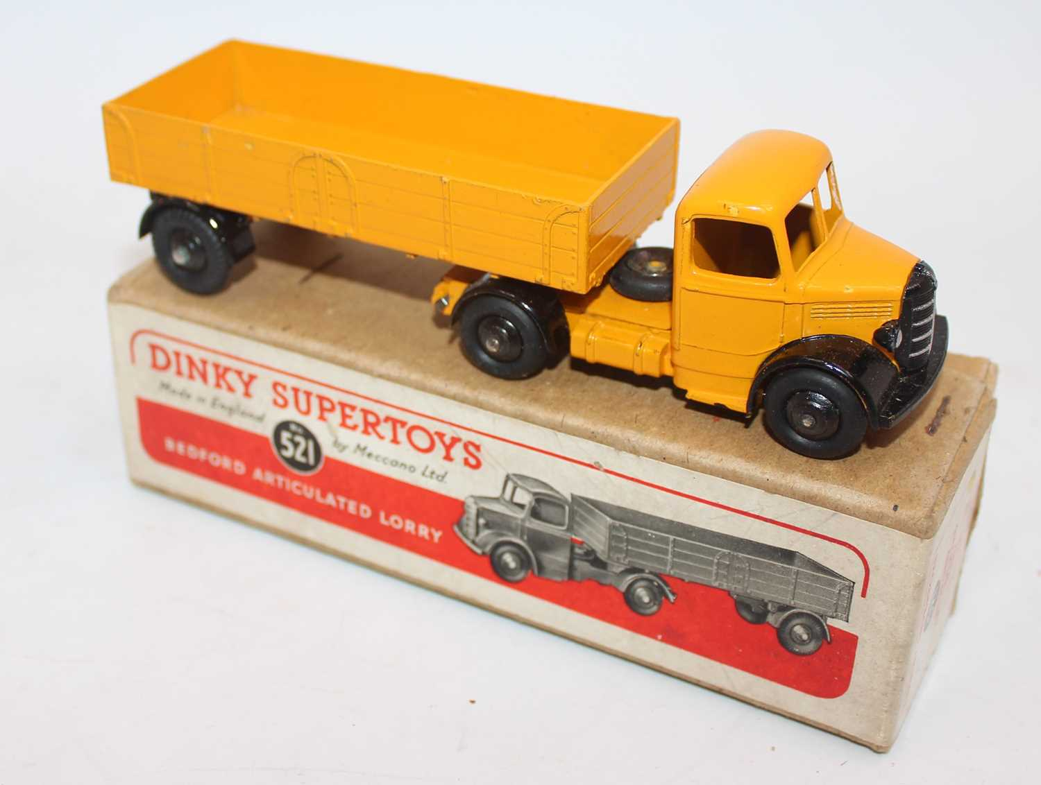 Dinky Toys No.521 Bedford articulated lorry with yellow cab and chassis with matching yellow - Image 2 of 2