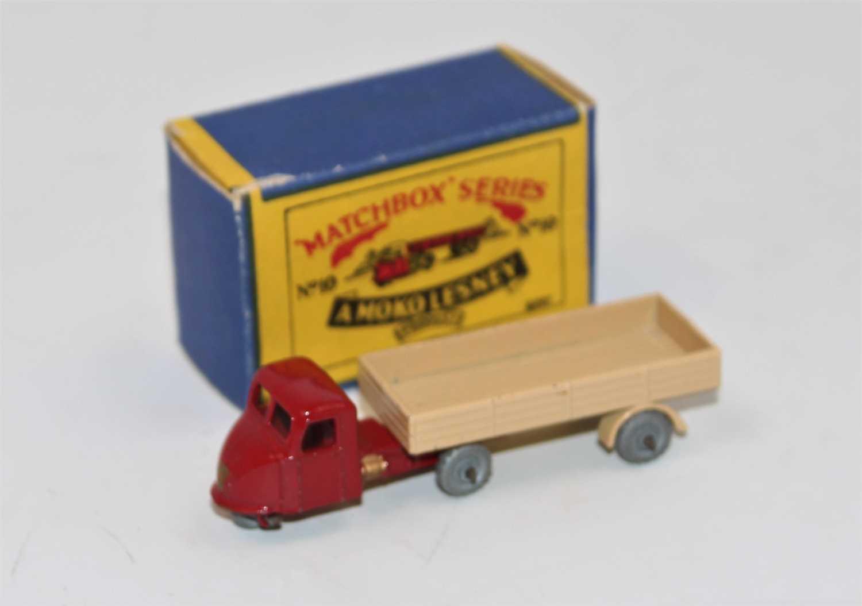 Matchbox Moko Lesney 10b Scammell Scarab Mechanical Horse & Trailer, dark red tractor unit, gold