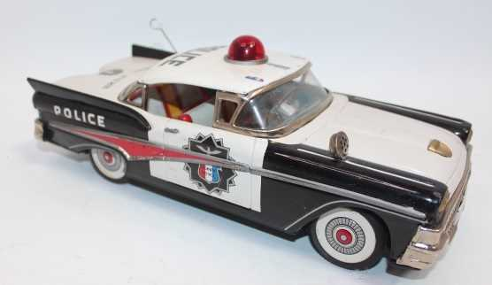 Yonezawa of Japan, tinplate and battery-operated Ford Highway Patrol Police Car, black and white - Image 2 of 2