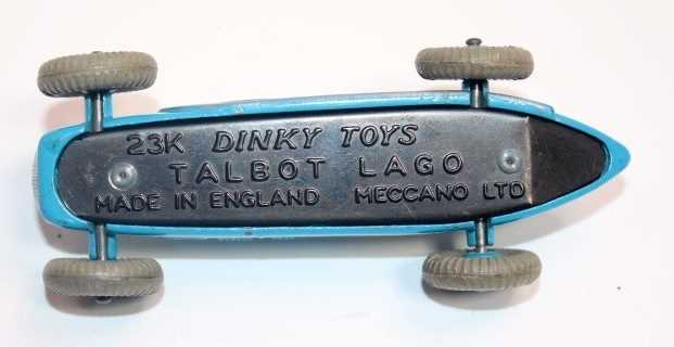 A Dinky Toys No. 230 Talbot Lago racing car in blue with blue hubs, and racing No. 4, with white - Image 3 of 3