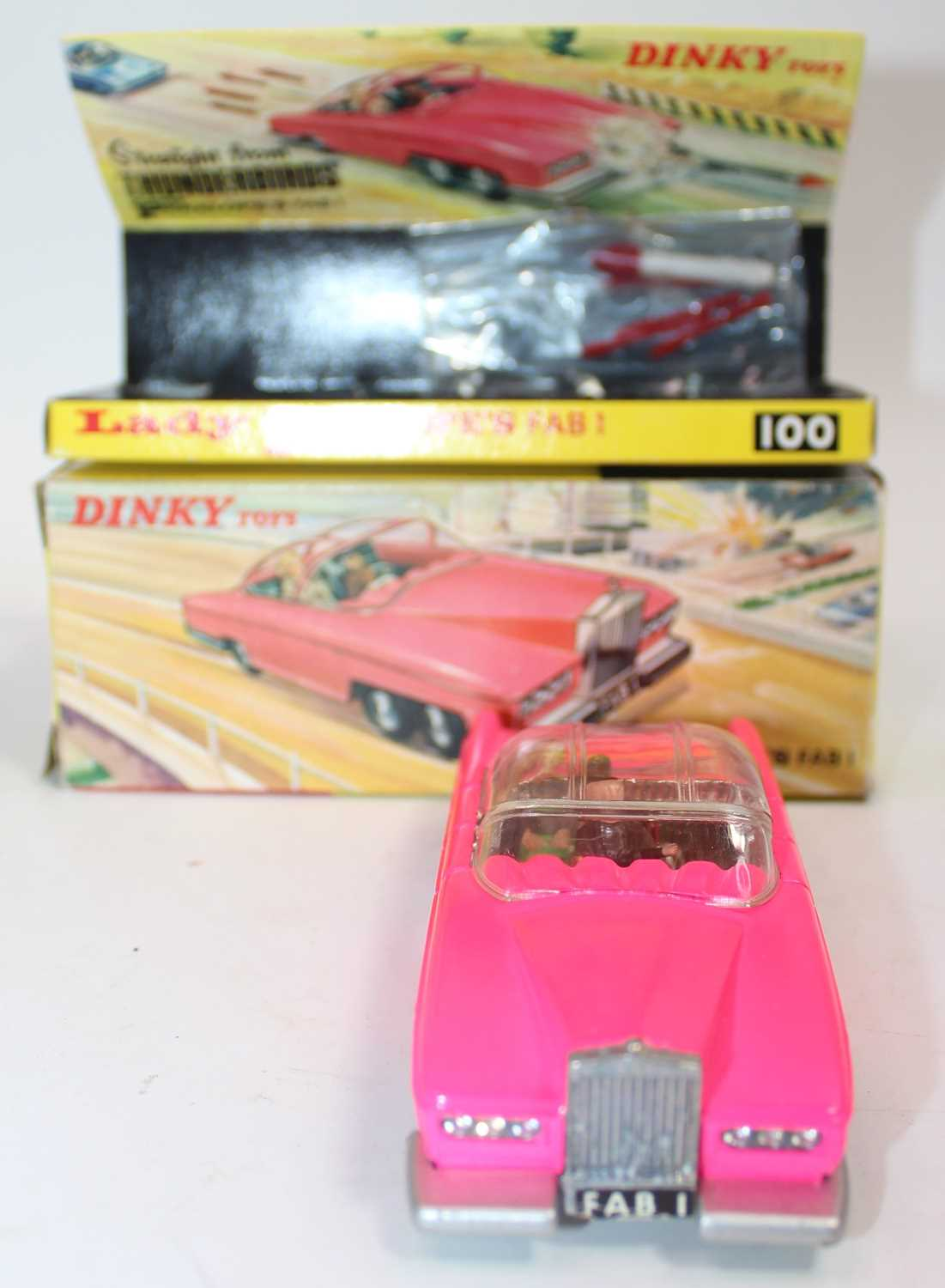 Dinky Toys Boxed 100 Lady Penelopes FAB 1 From TV series 'Thunderbirds' in the rarer fluorescent - Image 3 of 7