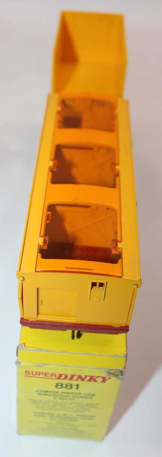 """Original French Dinky No.881 GMC Circus Lorry and Trailer """"Pinder"""", comprising of GMC Truck, - Image 3 of 4"""