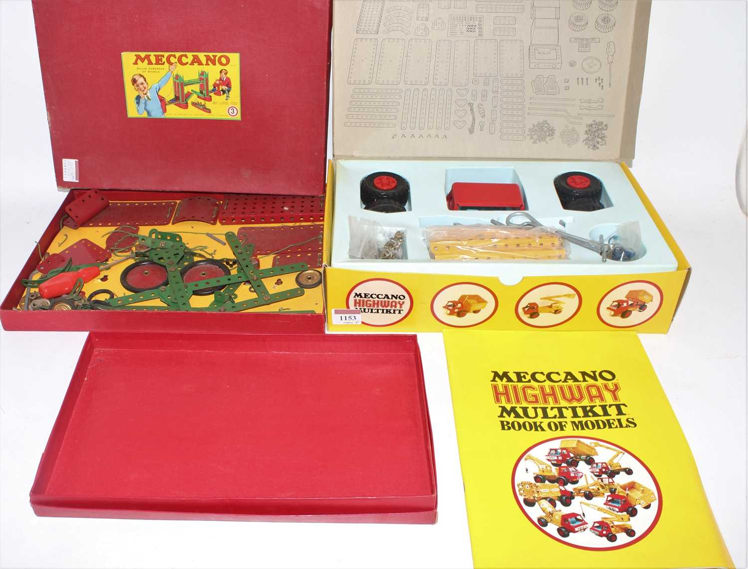 A collection of Meccano mixed issue construction kits and empty boxes to include a Meccano Super - Image 3 of 4