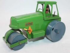 Triang Minic large scale tinplate clockwork Aveling Barford Diesel Road Roller, green, with grey