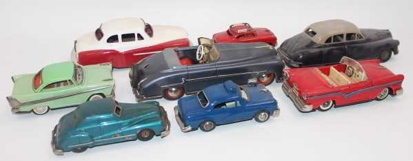 8 various loose tinplate cars and saloons, mixed manufacturers to include Gama, Mettoy, Distler - Image 2 of 2