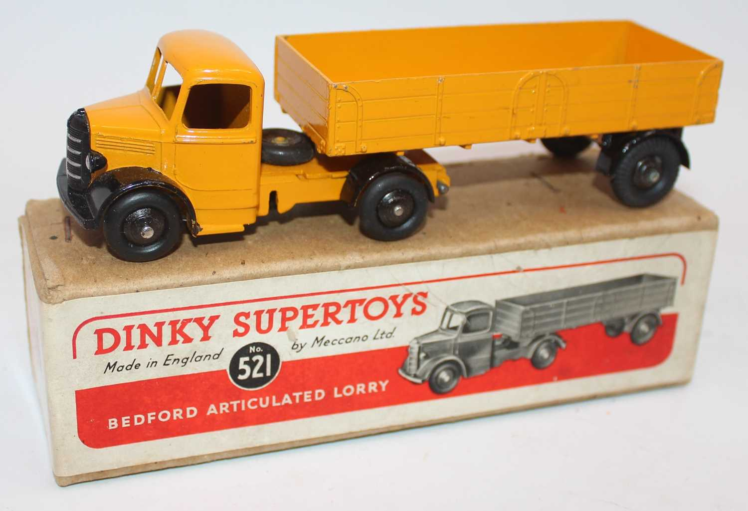 Dinky Toys No.521 Bedford articulated lorry with yellow cab and chassis with matching yellow