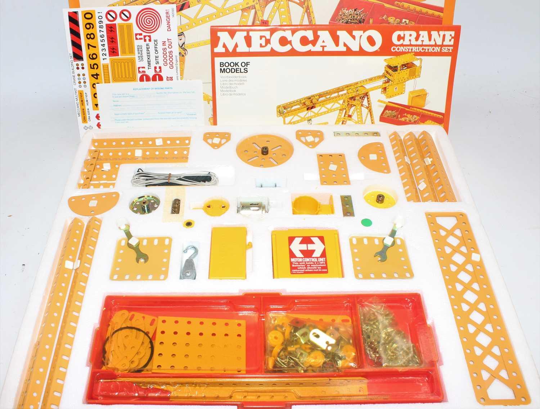 Four Meccano sets:- motorised crane set; construction set 1000, super junior set no. 2 and space - Image 3 of 3