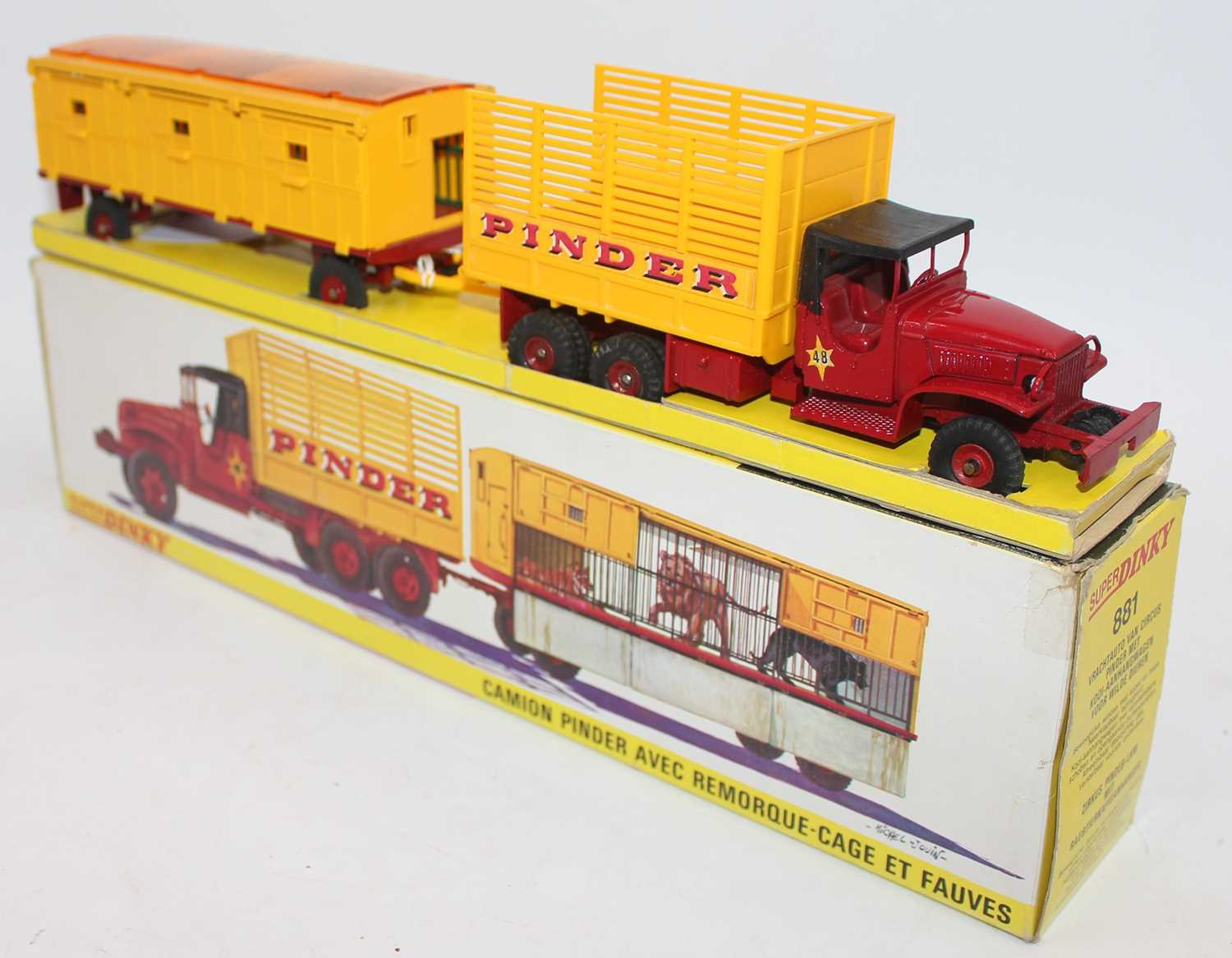 """Original French Dinky No.881 GMC Circus Lorry and Trailer """"Pinder"""", comprising of GMC Truck, - Image 2 of 4"""