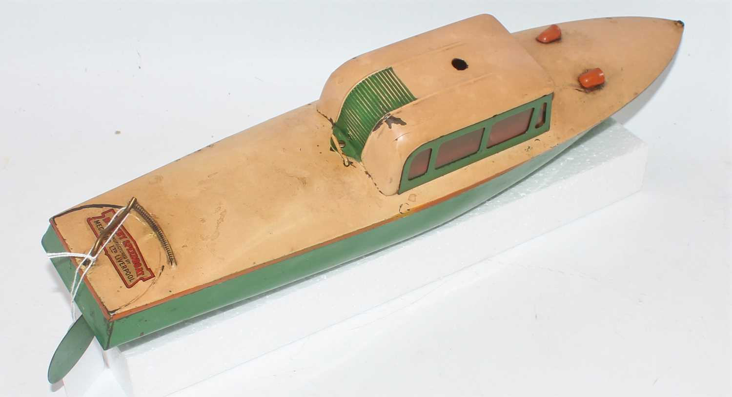 Hornby No.4 Venture Speed Boat, finished in green and cream with orange detailing, loose example, - Image 2 of 2