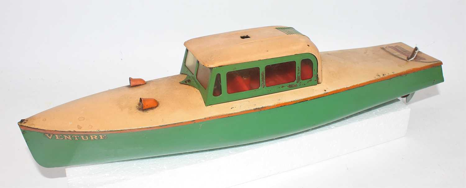 Hornby No.4 Venture Speed Boat, finished in green and cream with orange detailing, loose example,