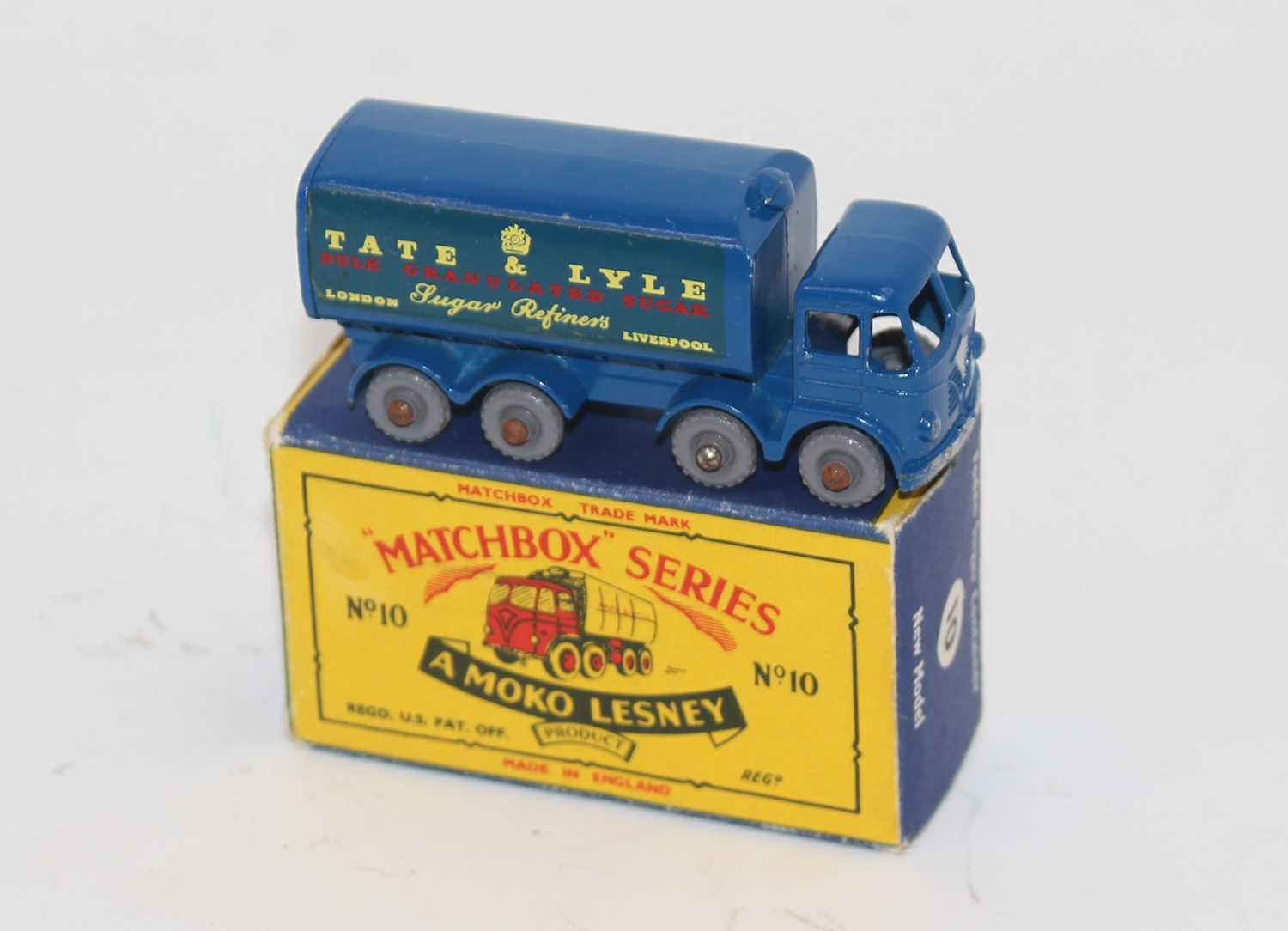 """Matchbox 1-75 Series No.10C Foden Sugar Container """"Tate & Lyle"""" in blue, with rear crown, silver - Image 2 of 3"""